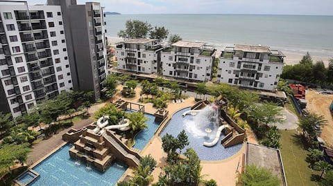 Seafront+Water Theme Park @ Swiss-Garden Residence