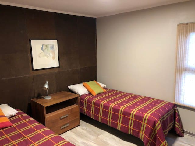 Dormitorio 05, 2 camas de 1 plaza