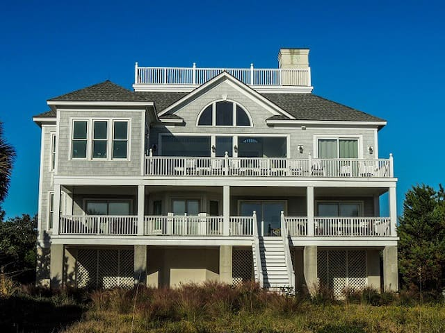 Light-filled, Spectacular Oceanfront Home Perfect for Entertaining!   Blue Dolphin