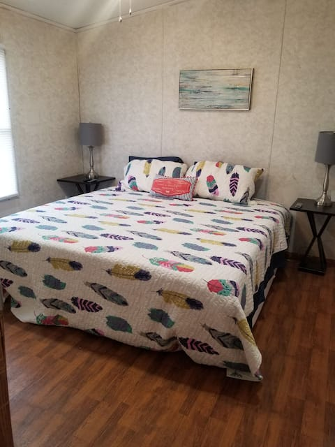 Casino and Twin Lakes PET FRIENDLY
