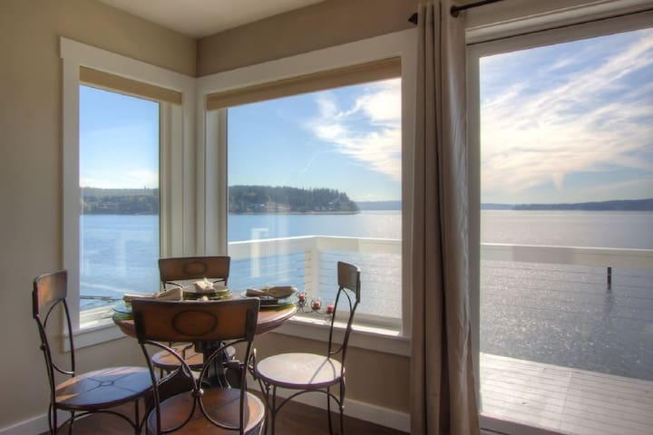 Captains Suite- Waterfront Luxury- Brand New - Gig Harbor - Cabaña