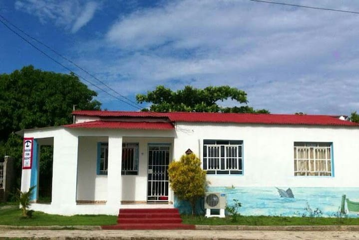 Beach Cayo Bariay Hostal B&B (3 rooms/ price) - Cayo Bariay, Rafael Freyre, Holguin - House
