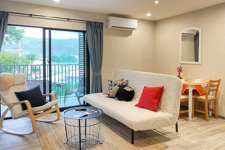 Deluxe Apartment at Title Residence, Naiyang beach