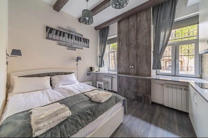 Klavishi Kvartira (Grey room)