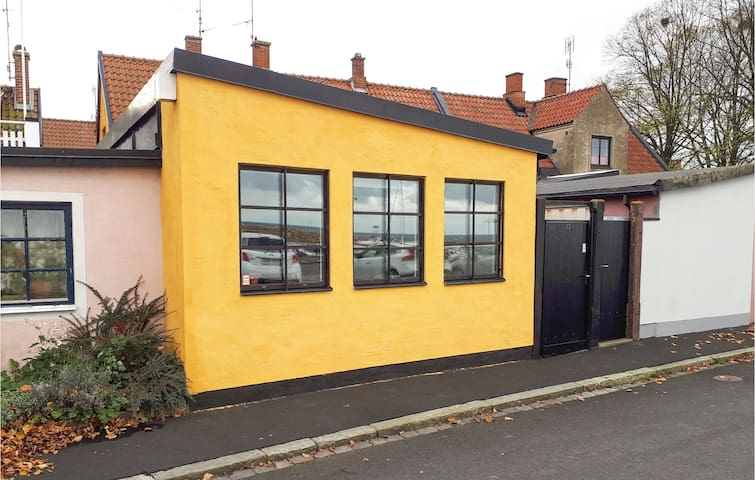 Holiday cottage with 1 room on 35 m² in Simrishamn