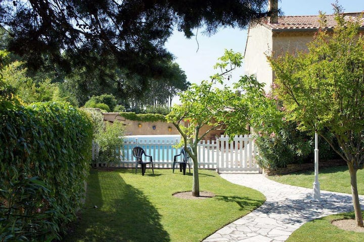Holiday house for rent with private pool near Gordes - Luberon - Provence