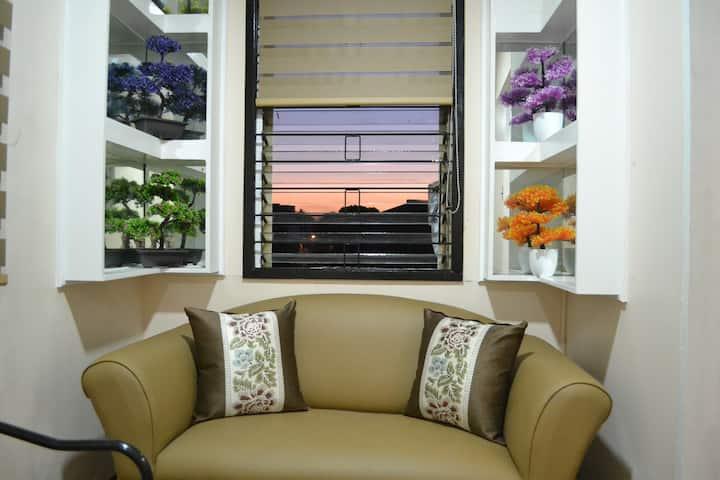 Casita Guia Florentina, a 3BR penthouse pad in QC