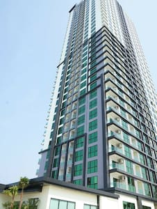 Perfect Jomtien Location DGCV >> 34fl - Bang Lamung District - Apartamento