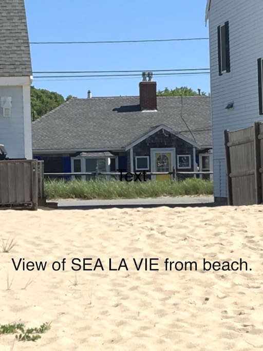Enjoy ocean views and the convenience of staying at the beach. It's so nice to be able to go back to the cottage for naps, snacks, cold drinks, and frozen treats-or to charge your phone so you can take more photos!  Please note that  NO PETS ALLOWED!