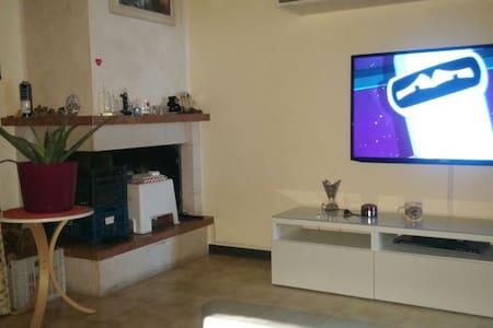 Appartamento molto accogliente!! - Monte Urano località triangolo - Lakás