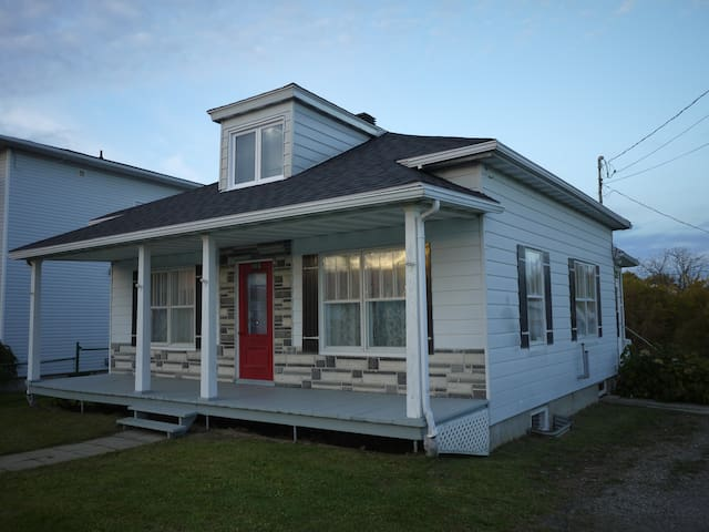 Maison avec cachet en milieu rural - Saint-Tite - Haus
