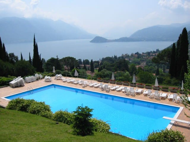 Apartment with garden, swimmingpool and tennis - Menaggio - Leilighet