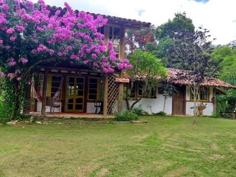 Vale das Flores Countryside Lodge - Pousada Lumiar