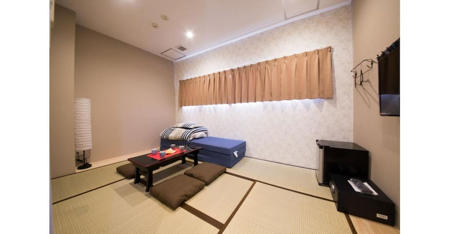 10 minutes from Namba! JP style room★3 pp★Hostel