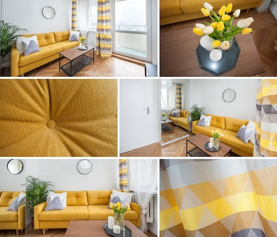 Bedroom for 2 person with a great view of Warsaw's Manhattan