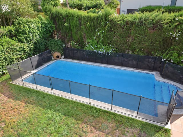 HOUSE WITH SWIMMINGPOOL AND WIFI IN COSTA BRAVA