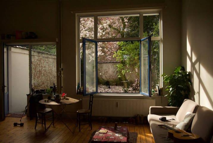 Charming artistic loft with garden