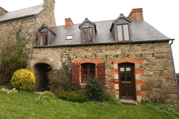 Dependance Manoir de Pont-Couennec - Perros-Guirec - Řadový dům