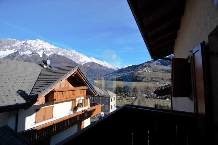 Cosy Apartment in Bormio: Sky, Spa and Relax