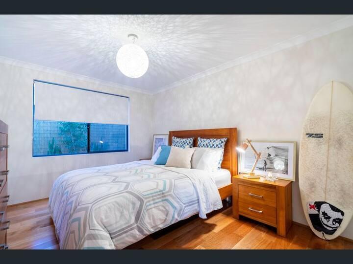 Bayswater  Luxury Hideaway - Guest Room