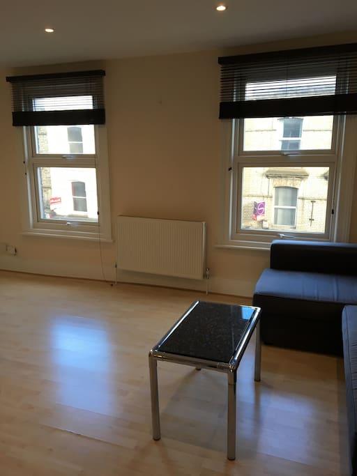 Open-plan, light, comfortable Kitchen/ living space
