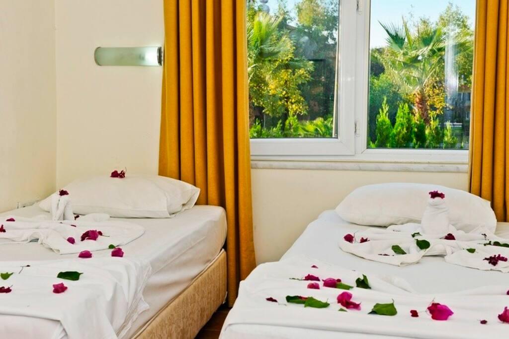 Yatak Odası(çift yatak alternatifi)/bedroom (with double bed alternative)