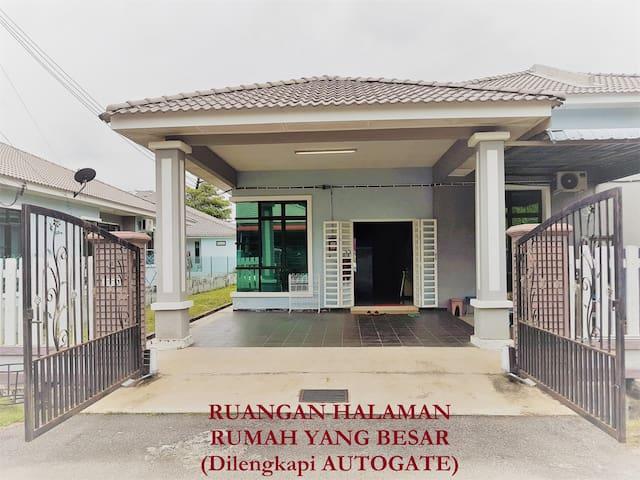 Big SemiD Bukit Beruang Homestay Melaka