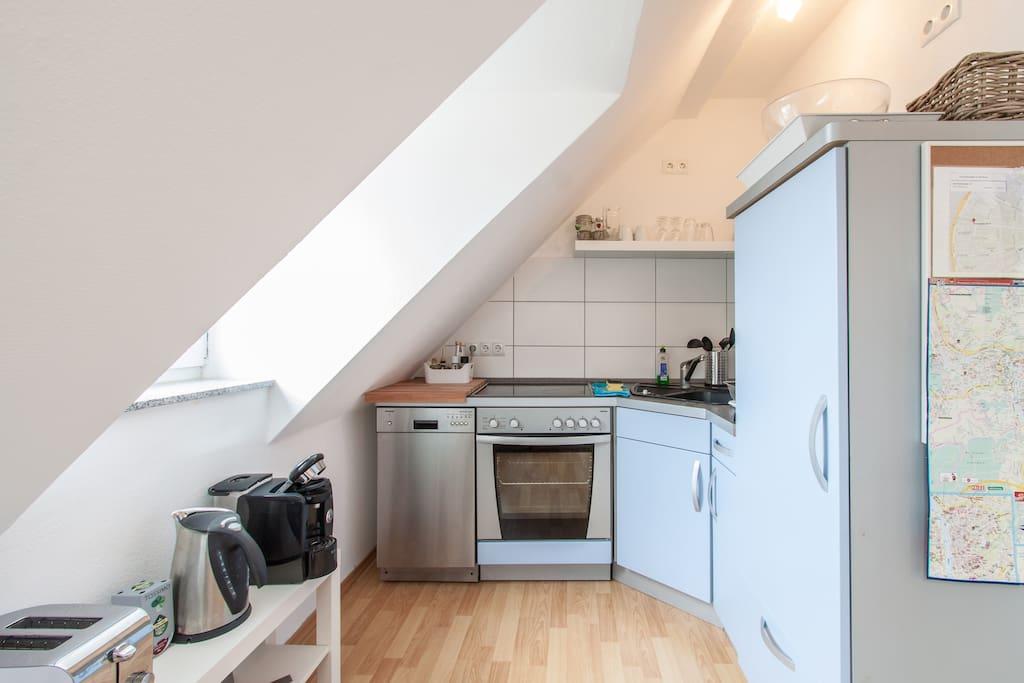stilvolle wohnung n he innenstadt wohnungen zur miete in w rzburg bayern deutschland. Black Bedroom Furniture Sets. Home Design Ideas