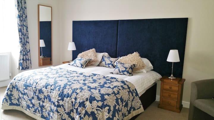 Swan Hotel Wotton   Room 1