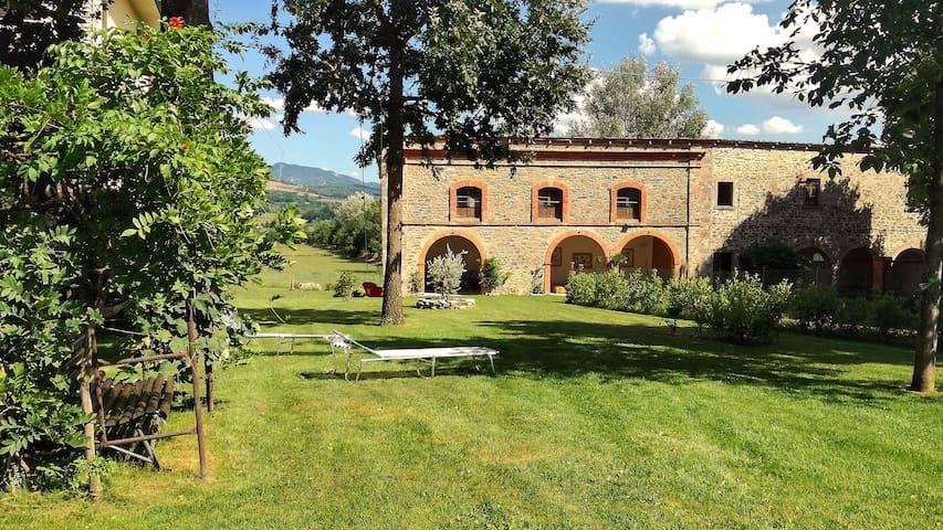 Casa Agricola Rossi nella natura, 16 posti letto.