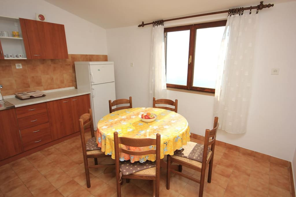 Dining room, Surface: 10 m²