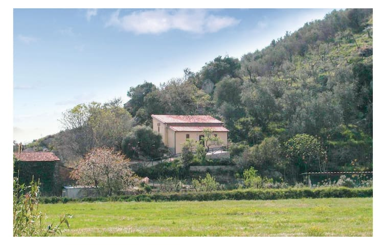 Holiday cottage with 2 bedrooms on 75 m² in Vecchiano PI
