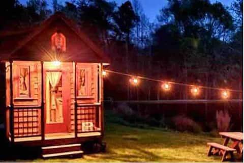 Cozy Tiny House near Athens, GA