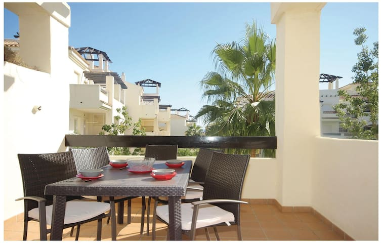 Holiday apartment with 2 bedrooms on 63 m² in San Luis de Sabinillas