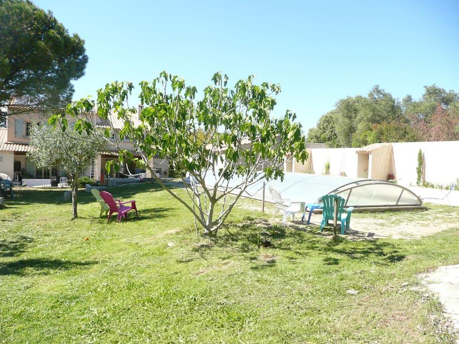 jardin 1700m2