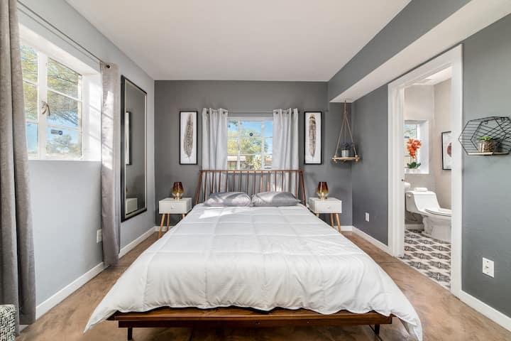 Cozy Modern Bohemian Style Home Near the U of A