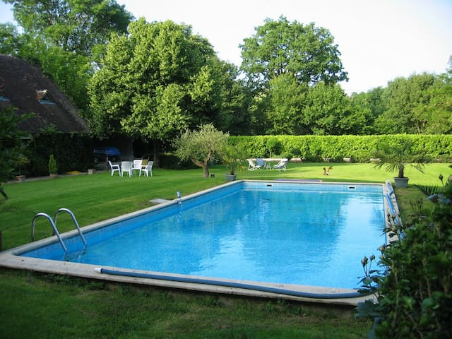 House with pool access - Saint Branchs - Talo