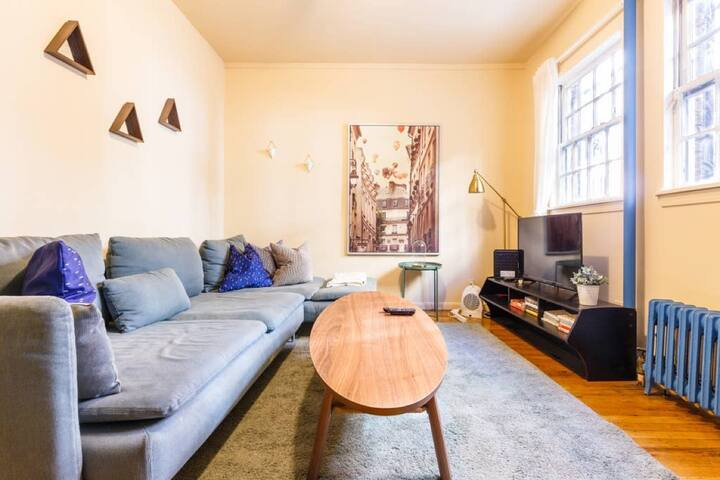 Lovely Private 1 Bed + 1 Bath in West Village