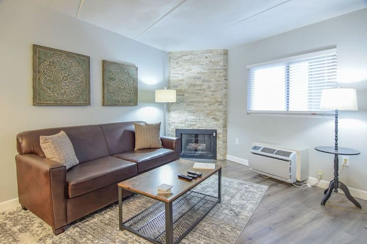 NEW Downtown!  Lofts at Gatlinburg Place - 5A