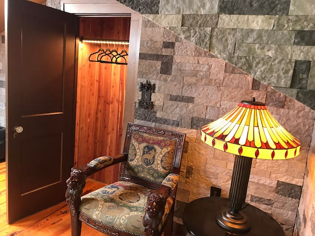 Aromatic red cedar closet