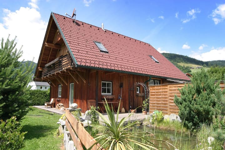 Beautiful Chalet with Infrared Sauna in Stadi an de Mur