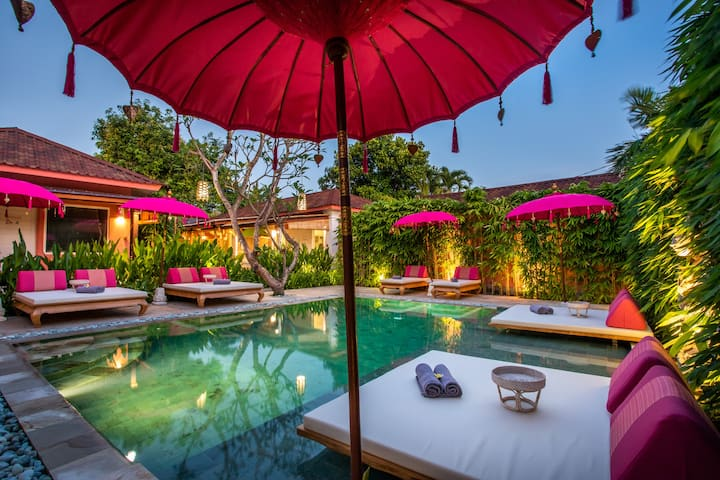PinkPrivate Sanur - Adults Only (Room 8)