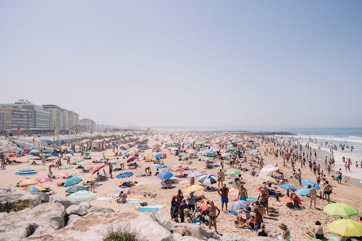 Caparica Beachfront Apt