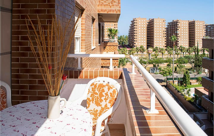 Beautiful apartment in Oropesa del Mar with Outdoor swimming pool, Outdoor swimming pool and 2 Bedrooms