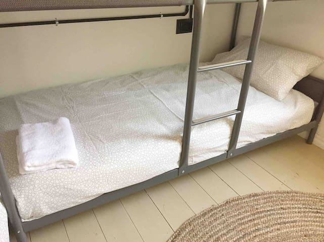 Bunk Bed 4 at Birds of a Feather Lockington