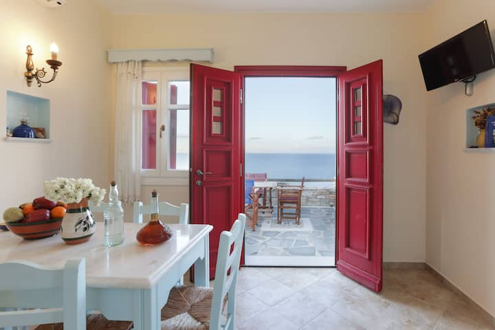 Villa Athina - Two bedroom villa with sea view