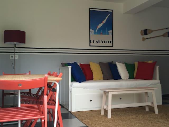 Maison coquette et confortable proche de Giverny - Criquebeuf-sur-Seine