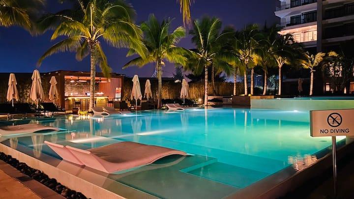 Great Golf View 3 BR Pool Villa in Danang Resort
