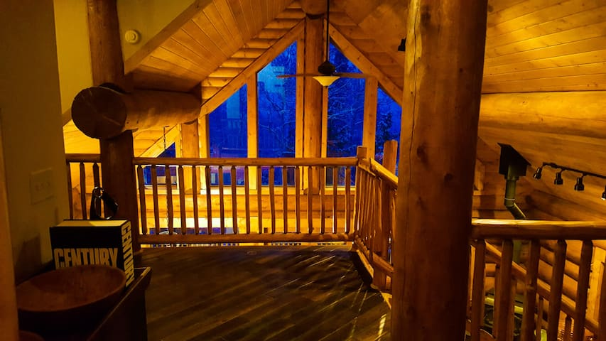 Large 3-floor Cabin outside Breckenridge on 5 aces - Fairplay