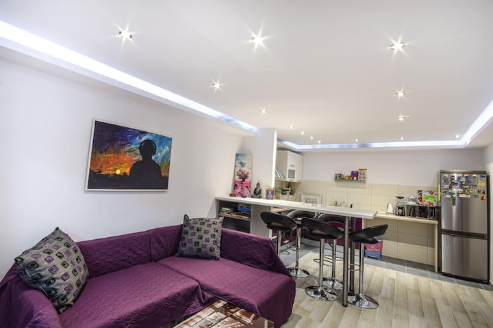 'Luna' Apartment